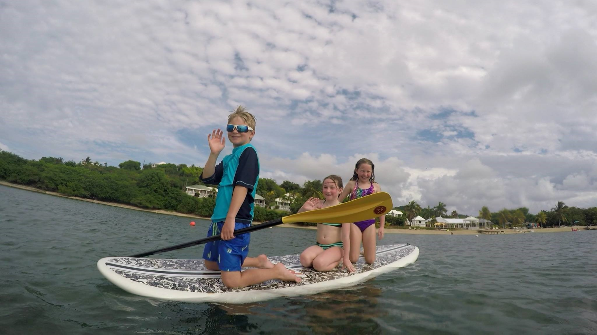 3 children paddleboard rental